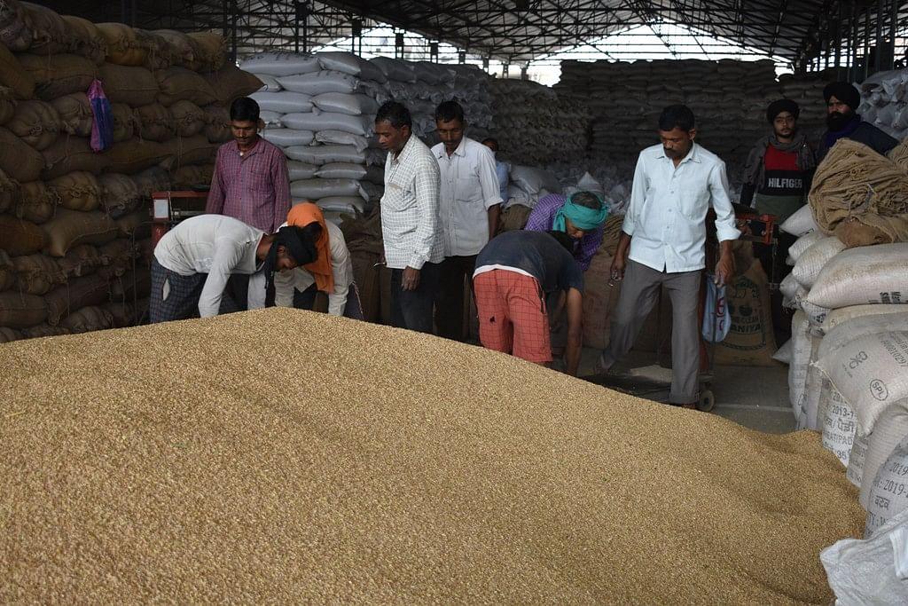 जिले में हुई अब तक 183992 मीट्रिक टन गेहूं की हुई आमद, 183354 मीट्रिक टन की हुई खरीद,: अपनीत रियात