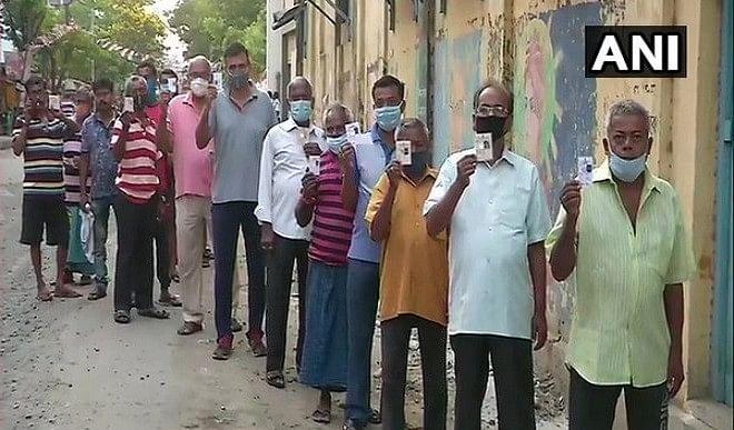 गुजरात: मोरवा हदाफ विधानसभा उपचुनाव में 19.40 फीसद मतदान