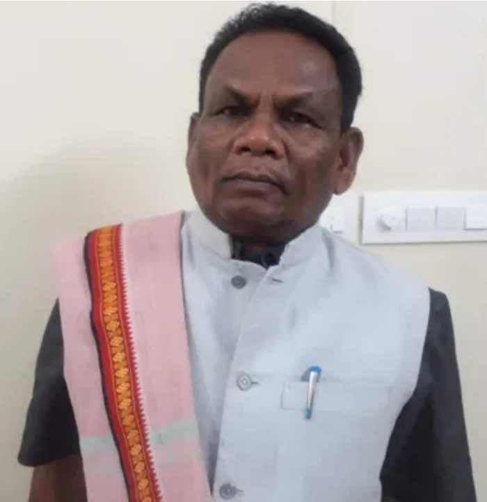 जगदलपुर : असम विधानसभा प्रत्याशियों को चित्रकोट लाया गया था सांसद इसे स्वीकार करें - लच्छूराम कश्यप