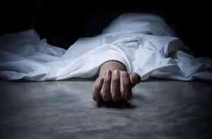 रेलवे लाइन पर मिला युवक का शव, हत्या का आरोप