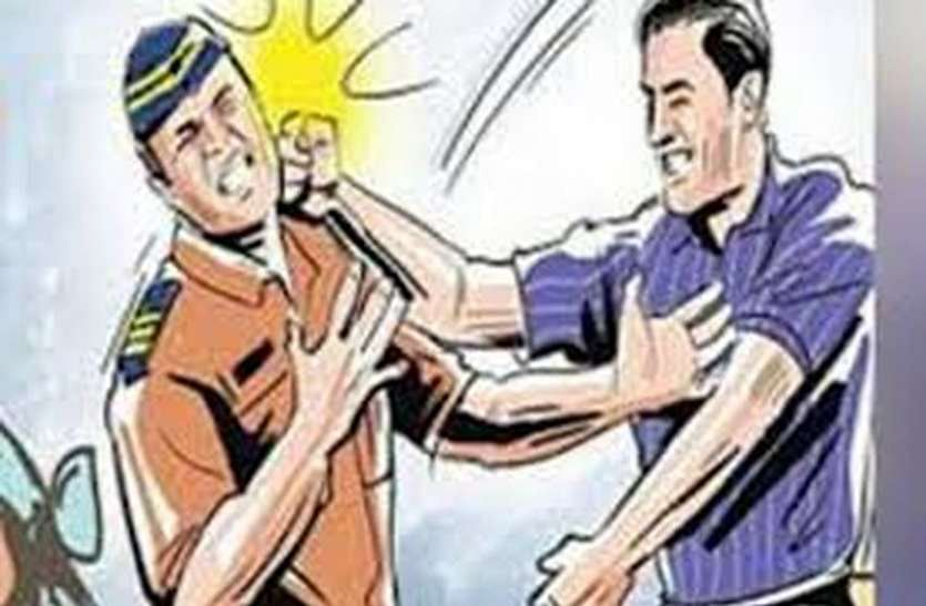 four-arrested-in-two-cases-of-assault-with-policemen