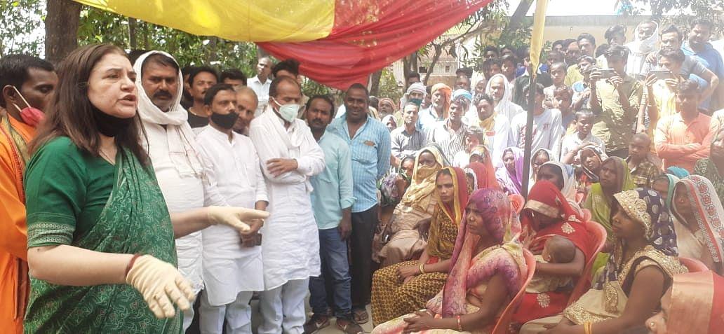 उम्मीदवार खरीद-फरोख्त करता पाया गया तो जेल जाना तय : मेनका गांधी