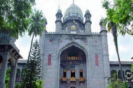 अगले 48 घंटे में लॉकडाउन या कर्फ्यू पर निर्णय ले राज्य सरकार : तेलंगाना हाई कोर्ट
