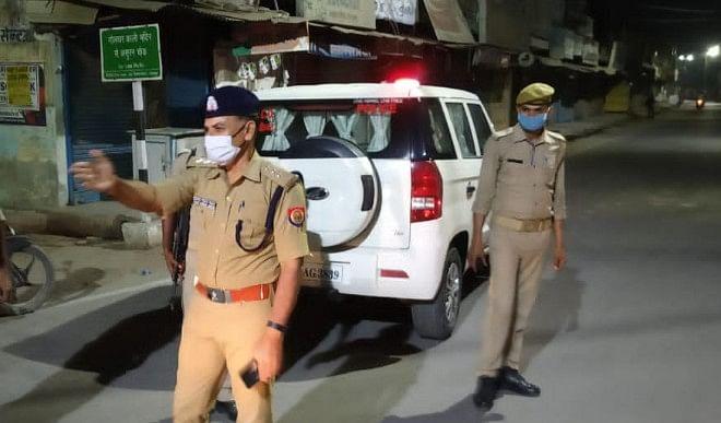 गोरखपुर की बड़ी खबरें: नाबालिग लड़की के अपहरण का आरोपी छत से कूदा, बिजली के तार से झूलसा