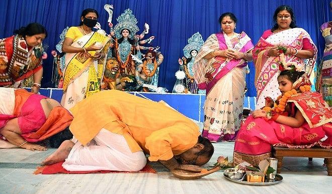 नौ दिनों तक ही क्यों मनाया जाता है नवरात्रि का पर्व? जानिए इस त्यौहार के महत्व