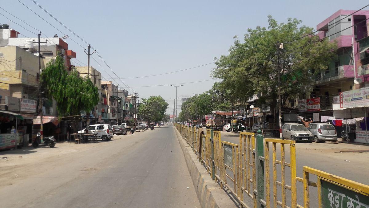 गाजियाबाद: लॉकडाउन में हर जगह पसरा सन्नाटा, सड़कों पर दिख रही है पुलिस