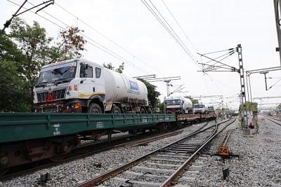 दिल्ली में मंगलवार को पहुंची 555 एमटी ऑक्सीजन, मिले थे 48 एसओएस अलर्ट