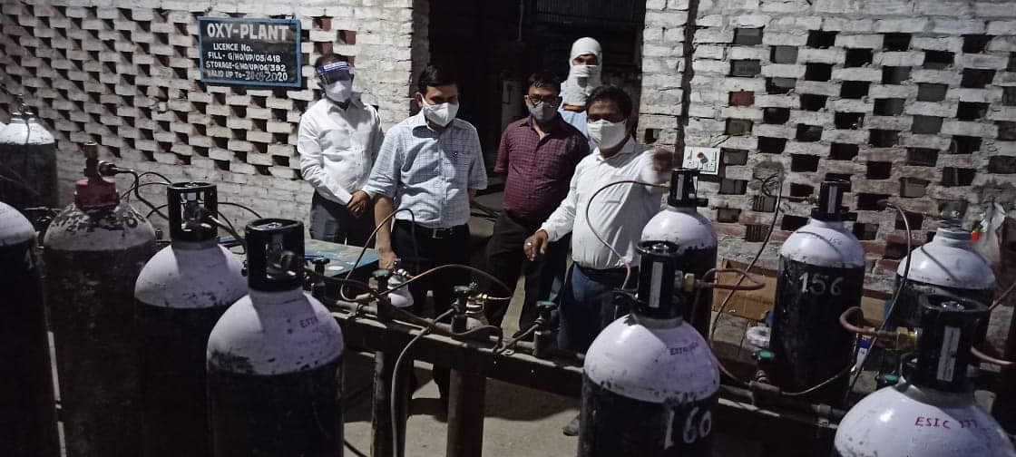 district-collector-inspects-dakhru-oxygen-plant-the-plant-will-run-for-24-hours
