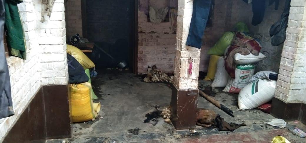 गैस सिलेंडर से घर में लगी आग, लाखों की सम्पत्ति का नुकसान