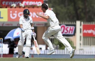 भारतीय पिचों पर तेज गेंदबाज विकेट लेने के बारे में नहीं सोचते: कमिंस