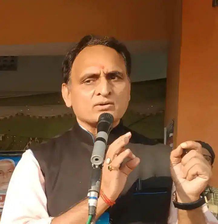 आक्रोश दिलाती है राजनीति और नौकरशाही की न्यूनताएं : प्रो. राकेश सिन्हा