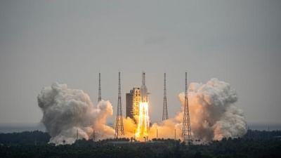 लांग मार्च 5 बी याओ-2 वाहक रॉकेट के अंतिम चरण का मलबा वायुमंडल में फिर से प्रविष्ट