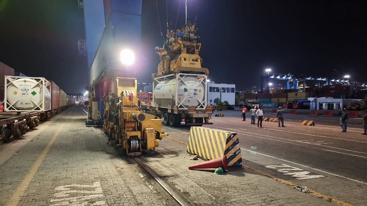 two-oxygen-express-carrying-244-metric-tons-of-medical-oxygen-left-for-destination