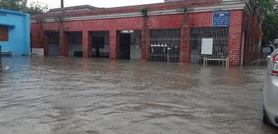 बिहार में झमाझम बारिश से कई इलाकों में जलजमाव की स्थिति, हाजीपुर सदर अस्पताल में घुसा पानी