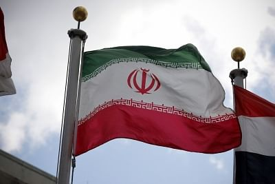 ईरान ने कैदियों को रिहा करने की बात से किया इनकार