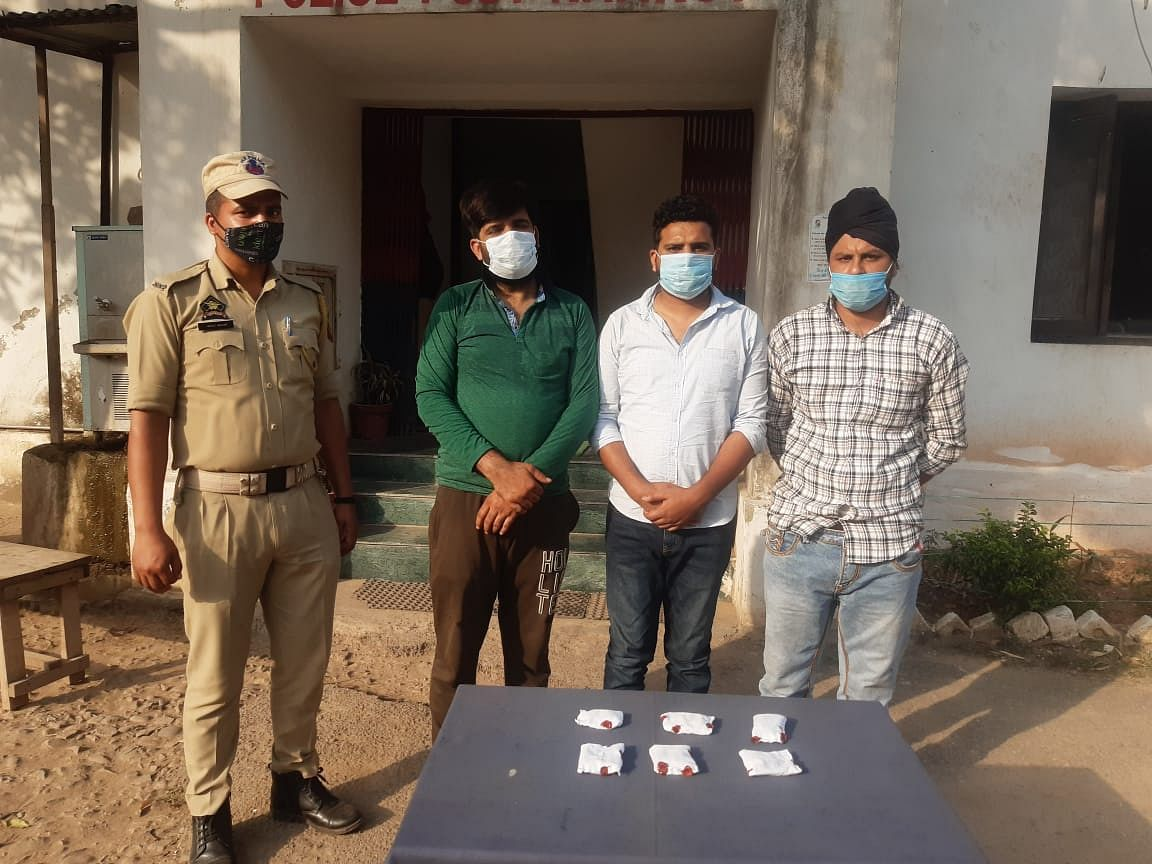three-controlled-including-12-grams-of-heroin-one-accused-patwari-posted-in-guda-kalayal