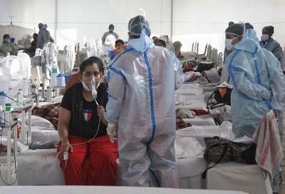 कोविड : तमिलनाड़ु सरकार करेगी 2,100 चिकित्सकों और 6,000 नर्सो की भर्ती