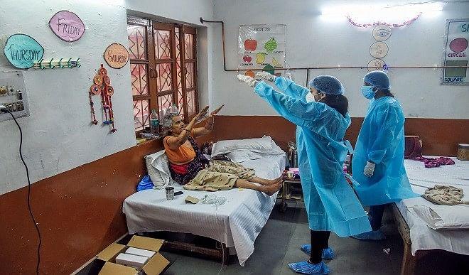 एक दिन में 3 लाख से अधिक टेस्ट करने वाला देश में पहला राज्य बना उत्तर प्रदेश, एक्टिव केस हो रहे कम