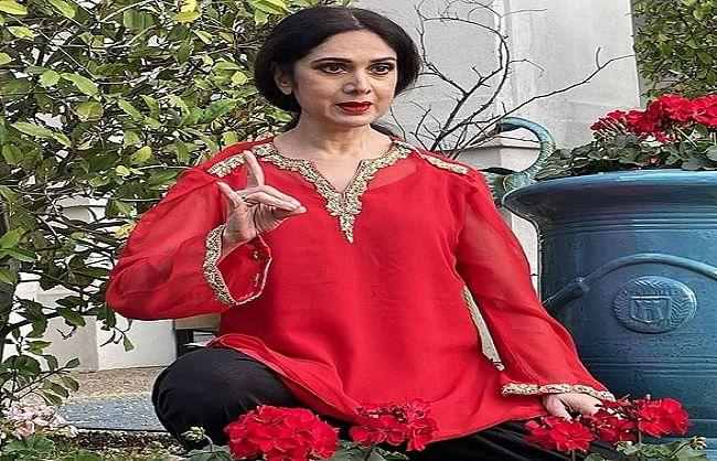 मौत की अफवाहों के बीच अभिनेत्री मीनाक्षी शेषाद्री ने शेयर की अपनी लेटेस्ट तस्वीर