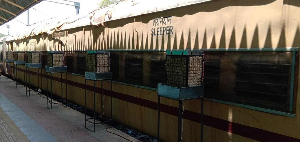 कोरोना मरीजों के लिए पश्चिम रेलवे ने तैयार किए 386 आइसोलेशन कोच