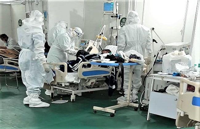 डरावने आंकड़ेः 24 घंटे में कोरोना के 4.14 लाख से ज्यादा नए मामले,  3915 लोगों की मौत