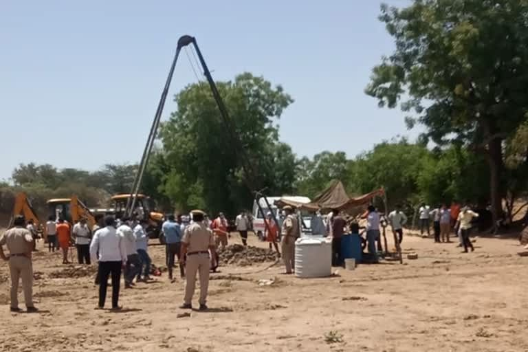 4-year-old-innocent-child-falls-in-borewell-rescue-begins-for-evacuation