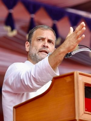 कोविड की दूसरी लहर के लिए प्रधानमंत्री जिम्मेदार : राहुल गांधी