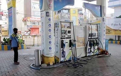 शनिवार को पेट्रोल-डीजल की कीमतों में कोई बदलाव नहीं