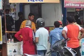गोरखपुर एम्स में खुलेगा कोविड वार्ड, जल्दी शुरू होगा नया ऑक्सीजन प्लांट : रविकिशन