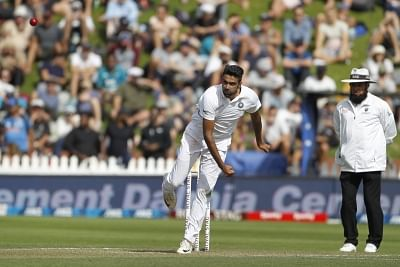 ashwin-muralitharan-can-break-record-of-most-wickets-in-tests-hog