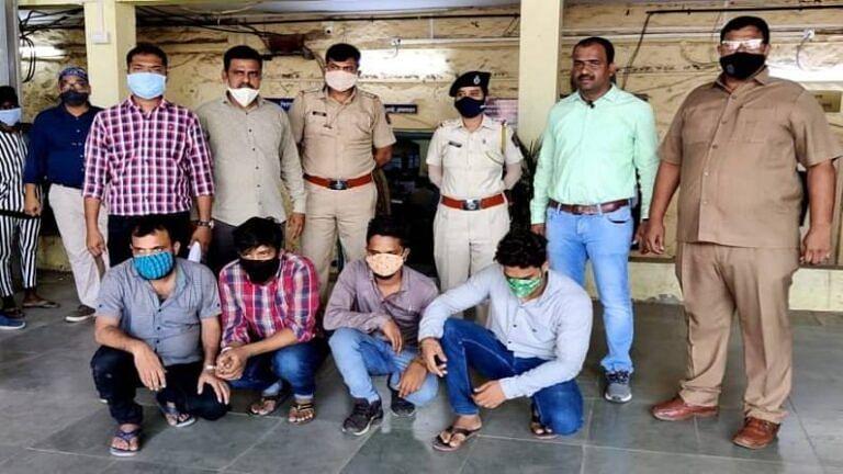 कुशीनगर एक्सप्रेस में डकैती डालने की तैयारी में आए चार गिरफ्तार