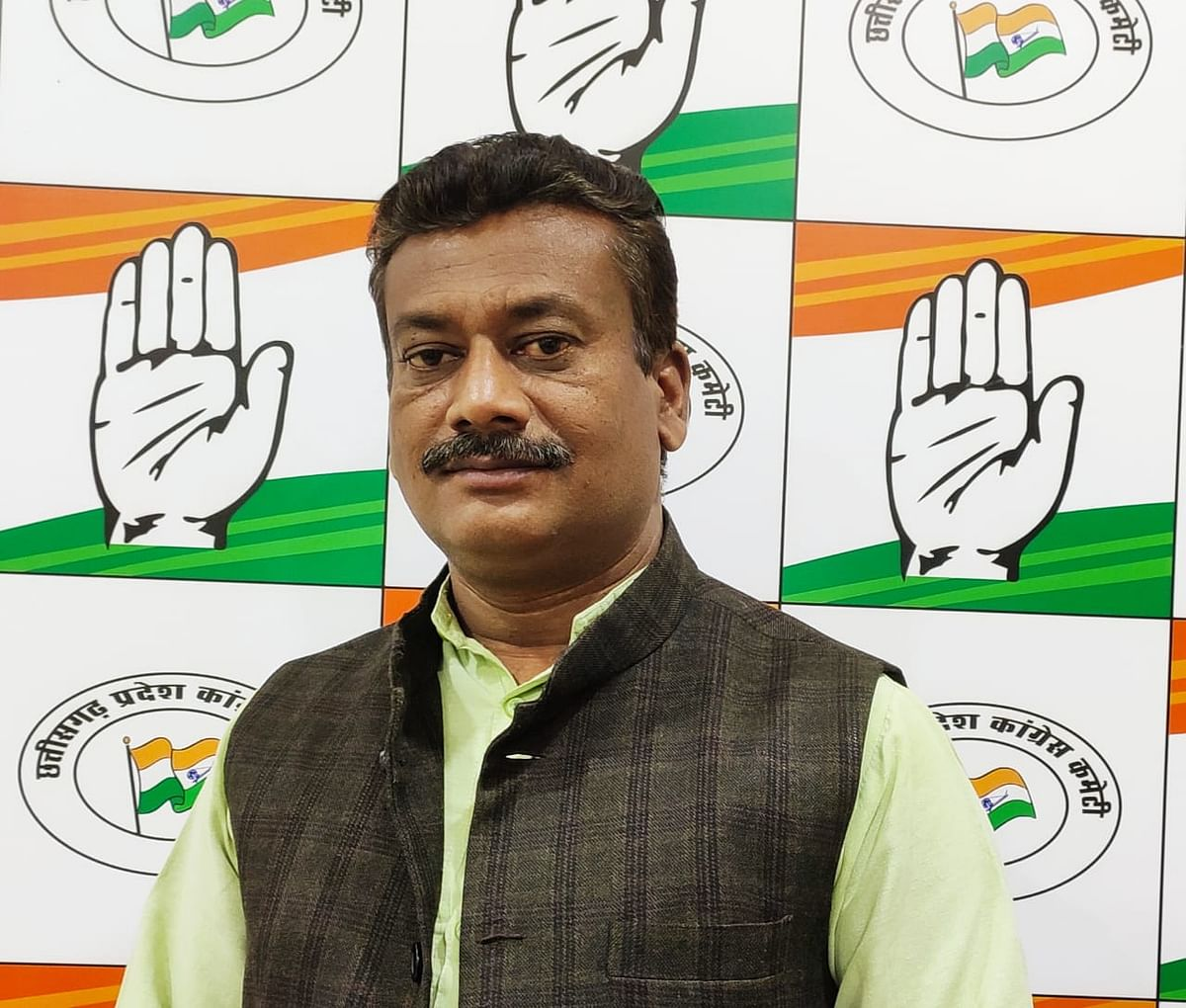 भाजपा नेता गिरफ्तारी की सियासी नौटंकी कर टूलकिट के कालिख धोने में जुटी : कांग्रेस