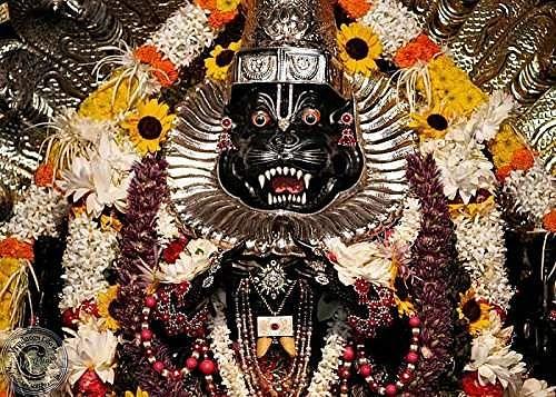 नृसिंह भगवान की आरती - Narasimha Bhagwan Ki Aarti in Hindi