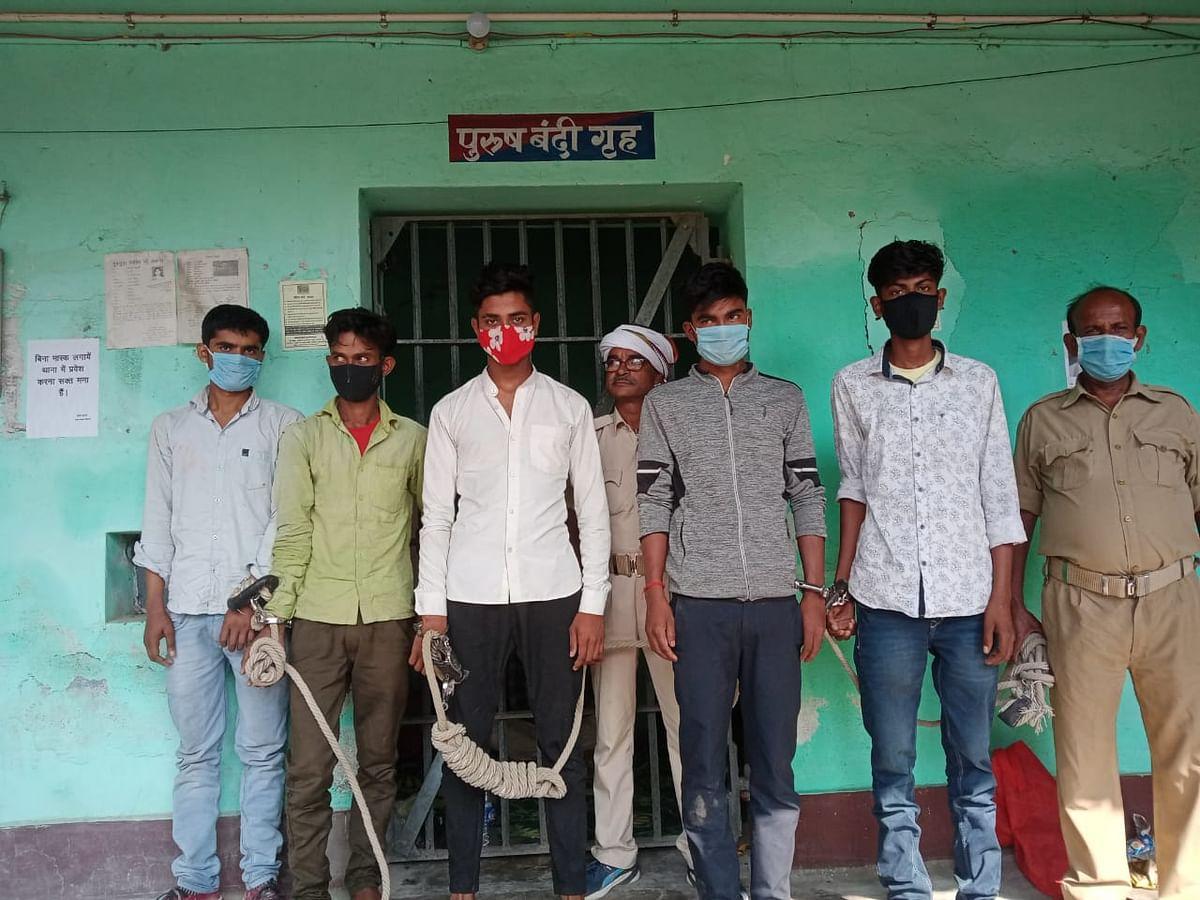 मुज़फ़्फ़रपुर पुलिस को डबल कामयाबी, दो लूट कांड का हुआ खुलासा, कई अपराधी हथियार और कैश के साथ गिरफ्तार