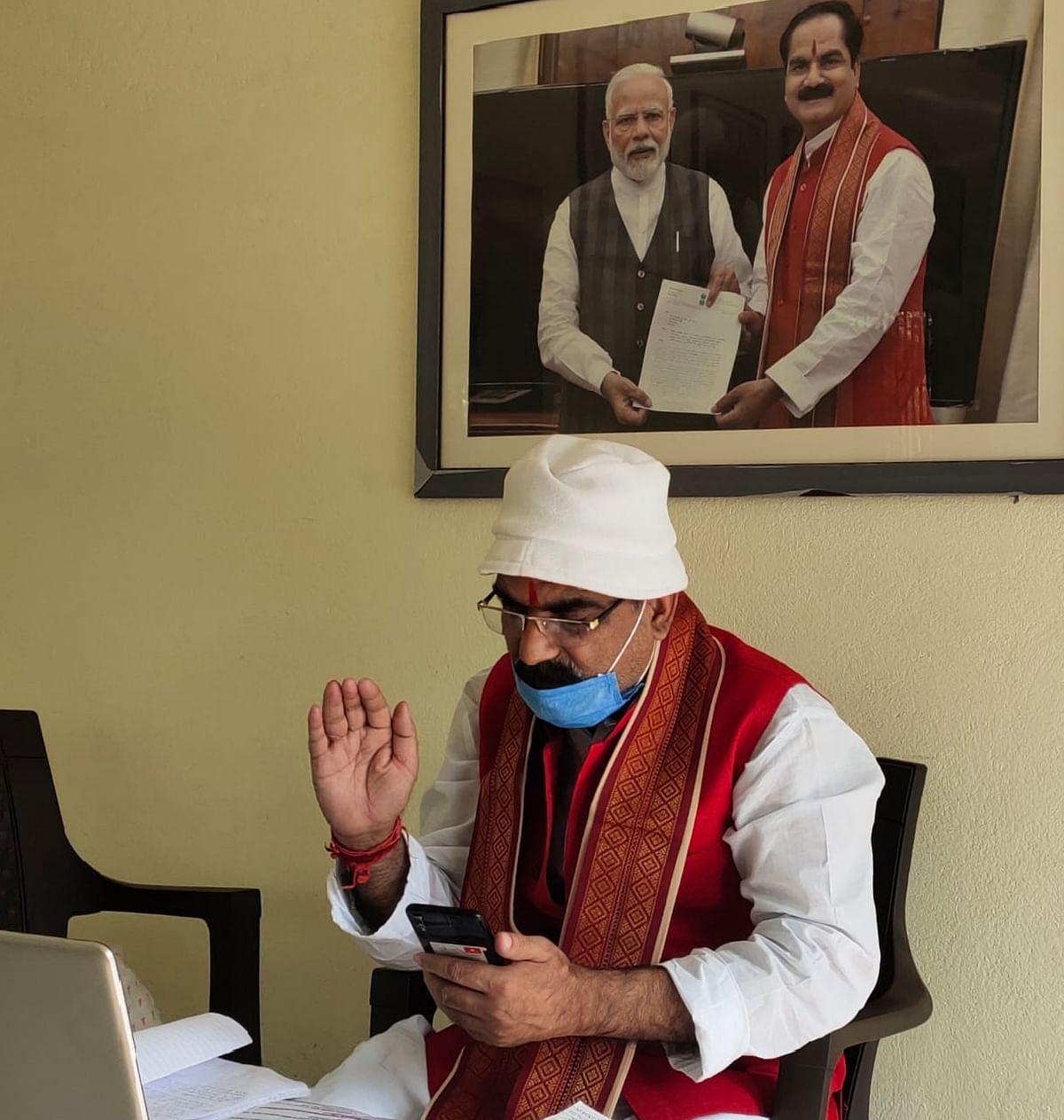 पीएम मोदी के नेतृत्व में दिन-प्रतिदिन देश में सुधर रहा कोरोना संक्रमण का रिकवरी रेट : सांसद