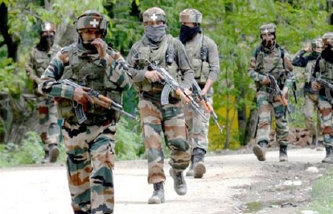 जम्मू-कश्मीर : पुंछ में आतंकी ठिकाना ध्वस्त, 19 ग्रेनेड बरामद