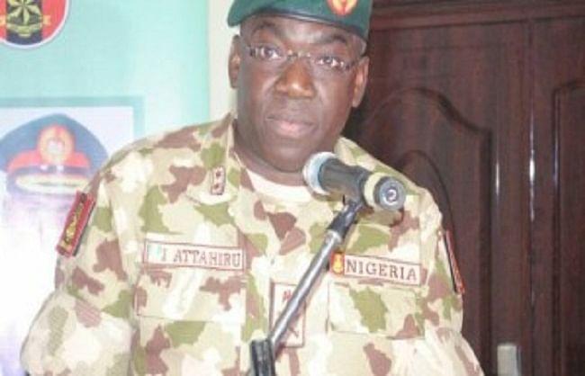 विमान दुर्घटना में नाइजीरिया के सेना प्रमुख की मौत