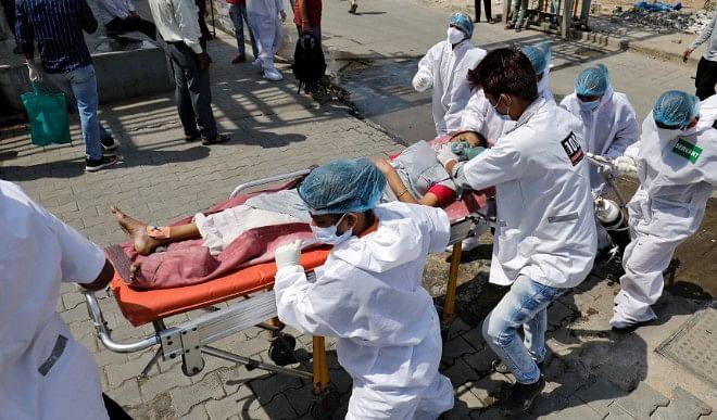 कर्नाटक में कोरोना वायरस संक्रमण के 49,058 नए मामले, 328 मरीजों की मौत