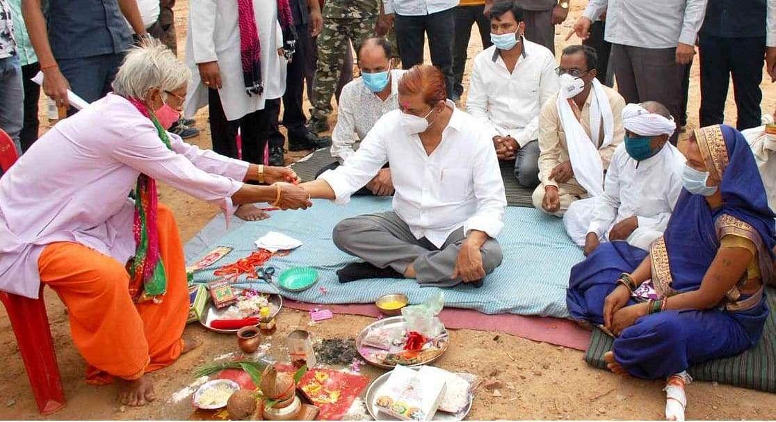 रायपुर:मोहम्मद अकबर ने फोर्टिफाइड पुलिस थाना भवन का किया भूमिपूजन