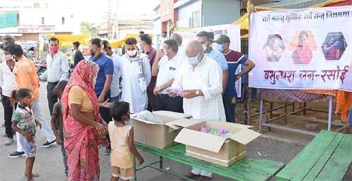 कोटा उत्तर में गरीबों को निशुल्क भोजन के लिये 'वसुन्धरा जन रसोई' प्रारंभ- गुंजल