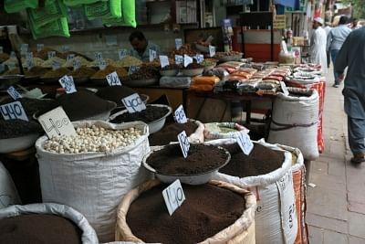 अप्रैल में 10.49 प्रतिशत रही वस्तुओं की थोक महंगाई दर (लीड-1)