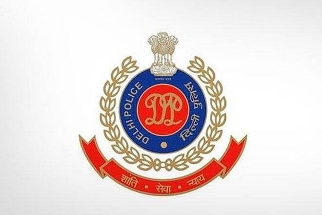 मेडिकल उपकरणों की कालाबाजारी करने के आरोप में दो गिरफ्तार