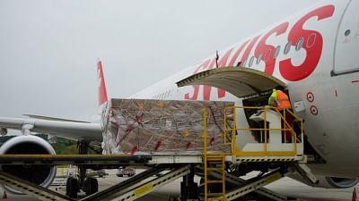 स्विट्जरलैंड ने भारत में 600 ऑक्सीजन कंसंट्रेटर्स और 50 रेस्पिरेटर्स भेजे