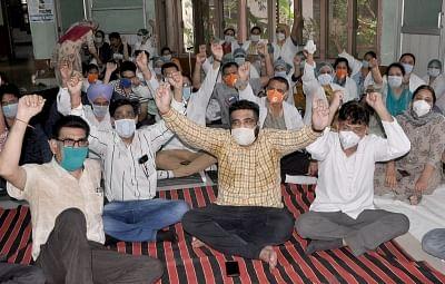 तेलंगाना में जूनियर डॉक्टरों की हड़ताल जारी
