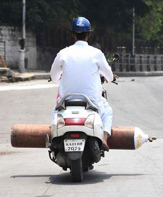विंध्य क्षेत्र में ऑक्सीजन के अभाव में दम तोड़ रहे मरीज : अजय सिंह