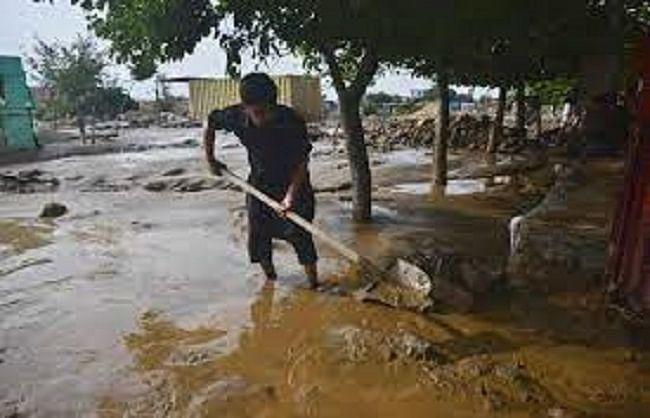 पश्चिमी अफगानिस्तान में बाढ़ के कारण 12 लोगों की मौत हुई