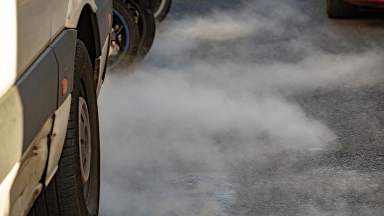 ईवी ड्राइवरों ने लाखों लीटर प्रदूषण फैलाने वाले पेट्रोल की बचत की