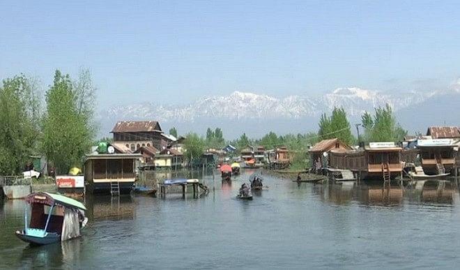 जम्मू-कश्मीर-में-भी-बढ़-रहे-कोरोना-के-तेजी-से-मामले-कड़े-किए-गए-प्रतिबंध