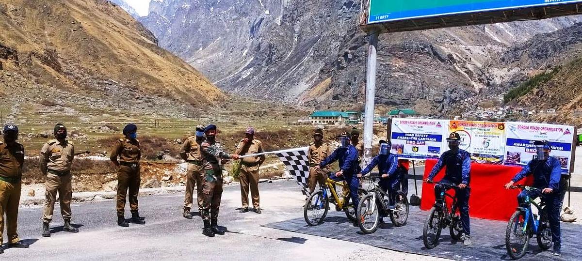 आजादी के अमृत महोत्सव के तहत बीआरओ ने शुरू किया साइकिल अभियान