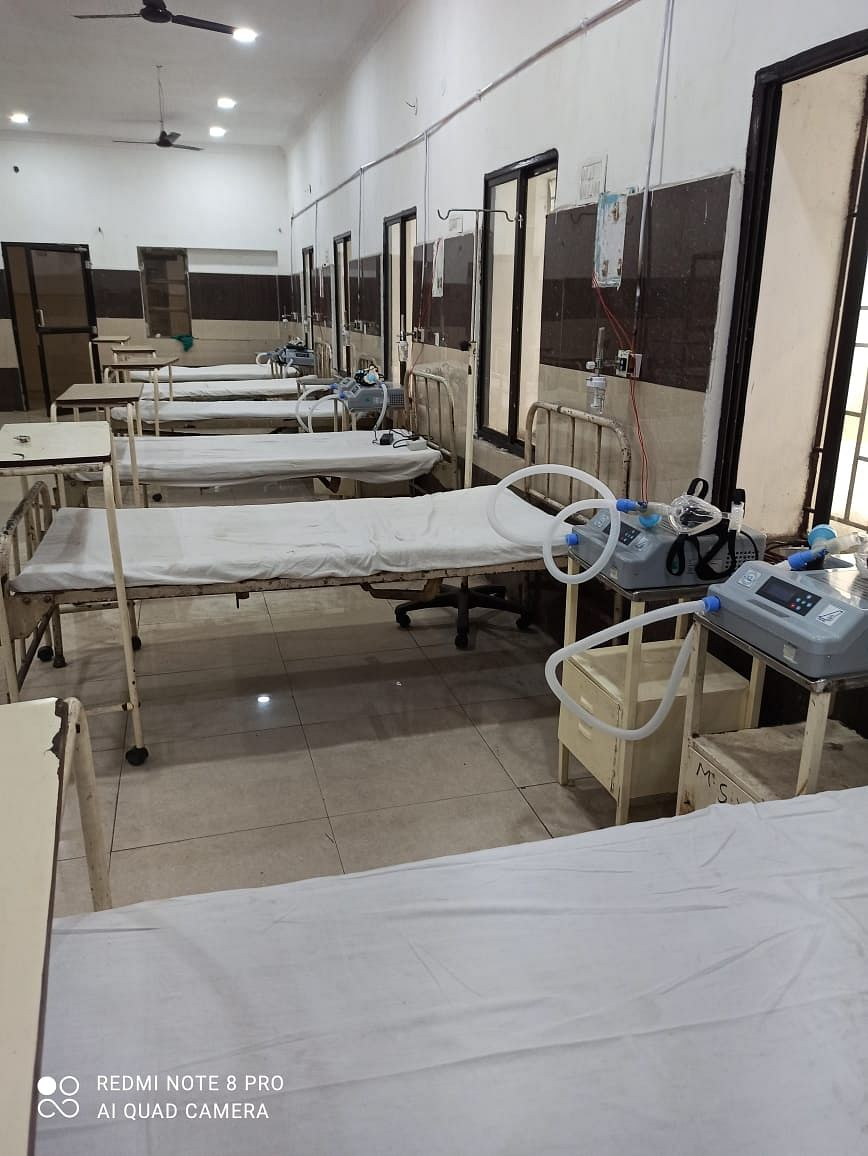 सीसीएल हॉस्पिटल नईसराय में 15 नए आईसीयू बेड लगे : डीसी